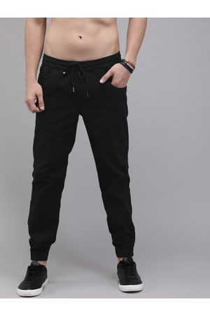 Roadster Men Black Regular Fit Solid Joggers