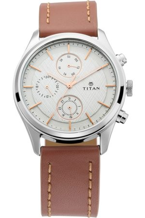 Titan Men Silver-Toned Analogue Leather Watch 1805SL01