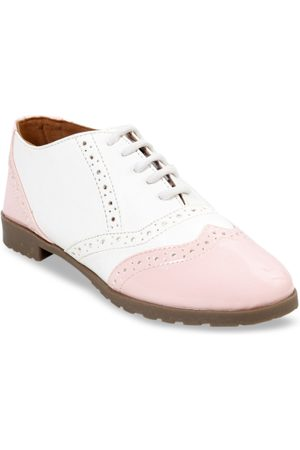 meriggiare Women White & Pink Derbys