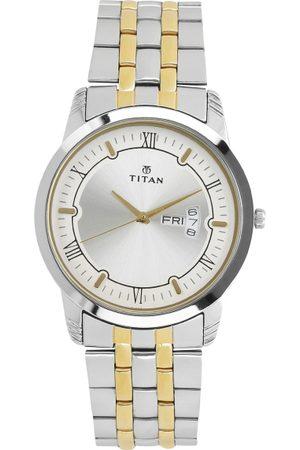 Titan Men Silver-Toned Analogue Watch 1774BM01