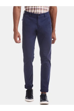 Arrow Men Blue Relaxed Slim Fit Solid Chinos