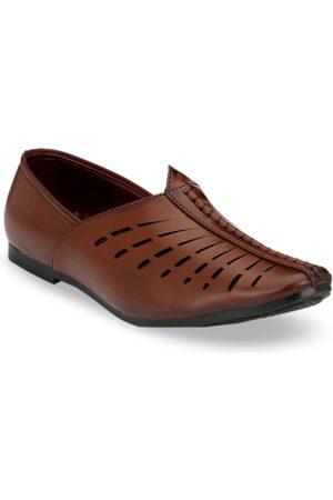Azzaro Men Brown Lazer Cut Ethinic Loafers