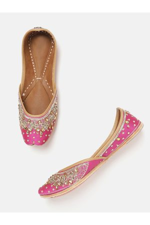 Anouk Women Pink & Gold-Toned Embroidered & Embellished Mojaris