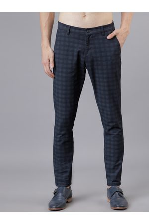 Highlander Men Navy Blue & Grey Slim Fit Checked Regular Trousers