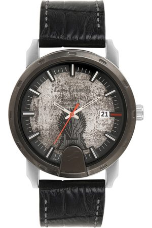 Fastrack Men Silver-Toned Analogue Watch 3209KL01