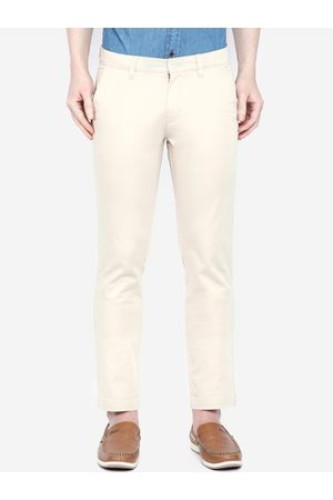 Giordano Men Cream-Coloured Smart Slim Fit Solid Regular Trousers
