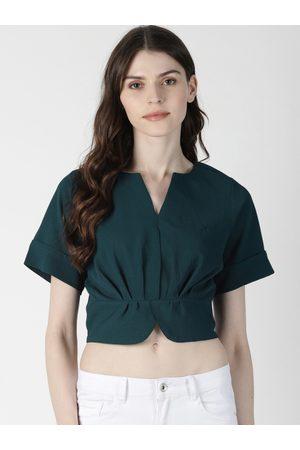 Aara Women Green Solid Cinched Waist Crop Top