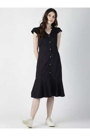 Aara Women Black Solid Drop-Waist Dress