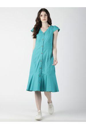 Aara Women Sea Green Solid Drop-Waist Dress