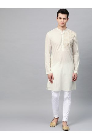 See Designs Men Off-White Solid Straight Kurta