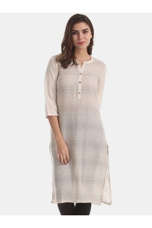 Karigari Women White Printed Straight Kurta