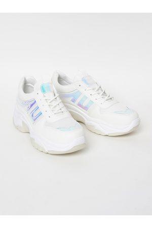 Lifestyle Women White Sneakers