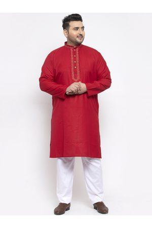 Pluss Men Red Solid Kurta with Pyjamas