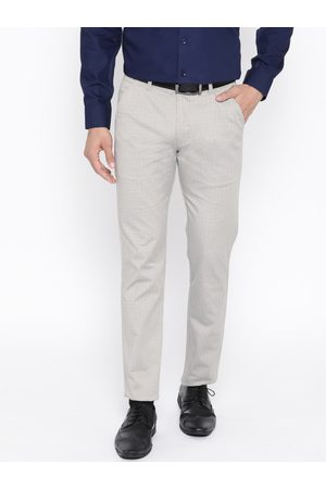 HANCOCK Men Grey Slim Fit Checked Formal Trousers