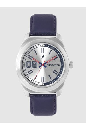 Fastrack Men Silver-Toned Analogue Watch NL3174SL01_OR
