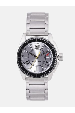 adidas Men Silver-Toned Analogue Watch NL3089SM02_OR