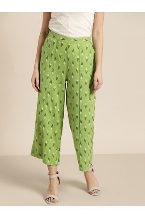 Sangria Women Green & Black Printed Cropped Straight Palazzos