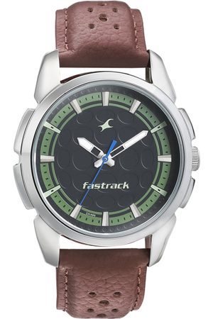 Fastrack Men Black Analogue Watch 3233SL01