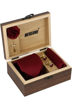 MENSOME Men Maroon & Gold-Toned Accessory Gift Set