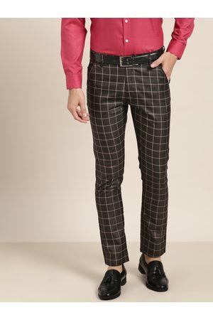 SOJANYA Men Charcoal Grey & Beige Smart Regular Fit Checked Trousers