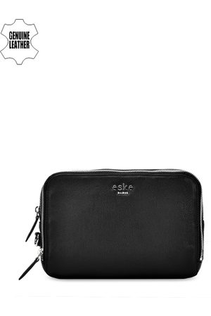 Eske Men Black Leather Travel Pouch