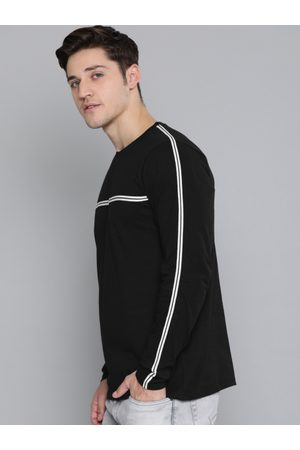 Difference of Opinion Men Black Solid Round Neck T-shirt With Striped Detailing