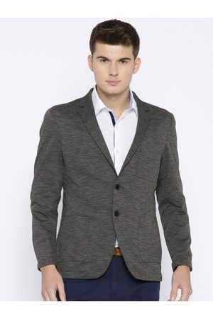 ColorPlus Men Charcoal Grey Single-Breasted Contemporary Fit Smart Casual Blazer