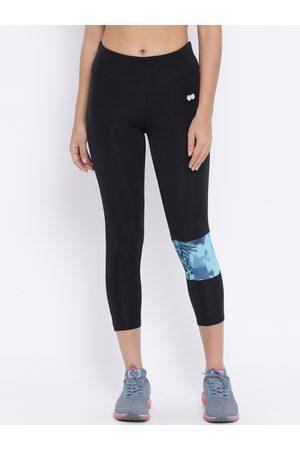 Clovia Women Black Solid Sports Activewear Tights