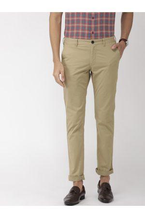Indian Terrain Men Khaki Brooklyn Slim Fit Solid Regular Trousers