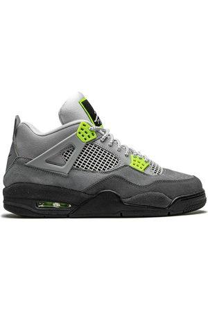 Jordan Air 4 Retro SE sneakers