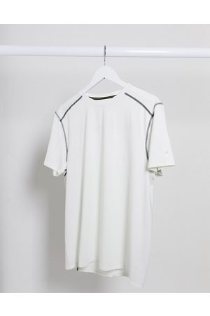 New Look SPORT recycled polyester running t-shirt in