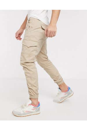 Jack & Jones Intelligence slim fit cuffed cargo trousers in light sand