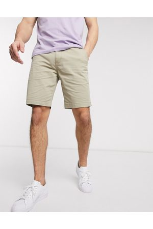 Levi's Tapered fit chino shorts in true chino lightweight twill