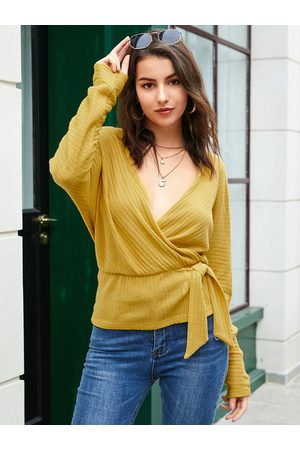YOINS Yellow Backless Design V-neck Long Sleeves Sweater