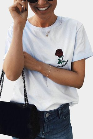 YOINS Casual Rose Embroidered Details T-shirts in