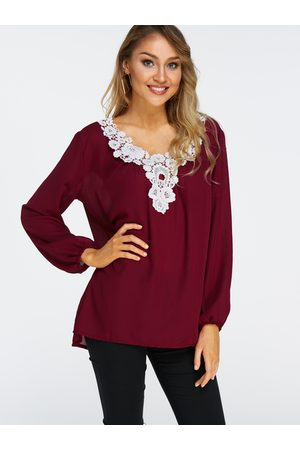 YOINS Lace Details V Neck Long Sleeves T-shirts