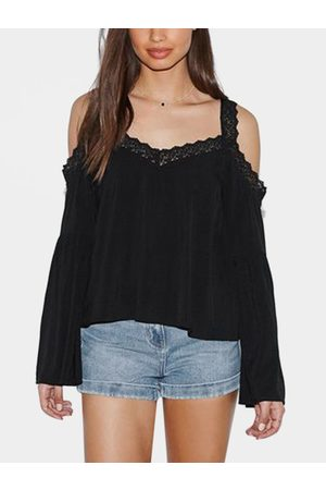 YOINS Lace Insert Cold Shoulder Bell Sleeves Top