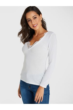 YOINS Lace Trim V-neck Long Sleeves Tee