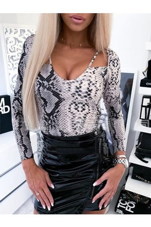 YOINS Snakeskin Cut out V-neck Long sleeves Top