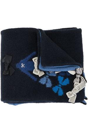 Familiar Crocheted bow-tie scarf