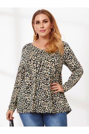 YOINS Plus Size V-neck Leopard Long Sleeves Tee