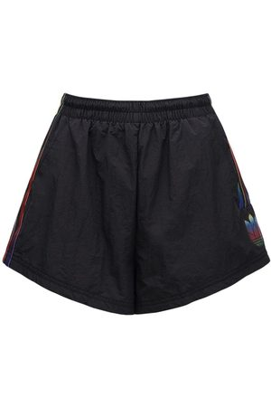 adidas Shorts W/side Band