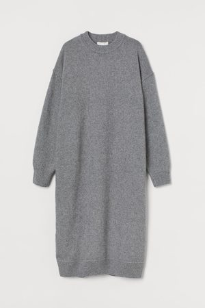 H&M Knitted dress - Grey