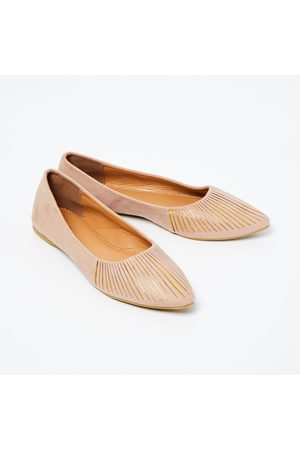 CODE Pointed-Toe Bellies with Cutouts