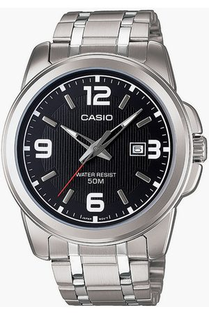Casio A550 Men Analog Watch