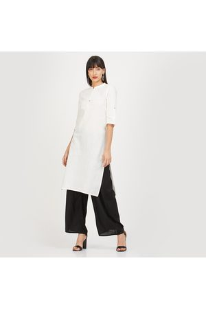 AURELIA Solid Straight Kurta with Concealed Button Placket