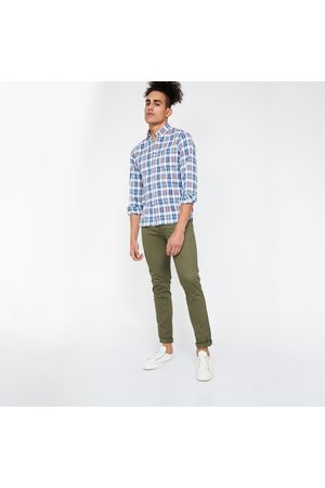 Code Men Chinos - Solid Low-Rise Slim Fit Chinos