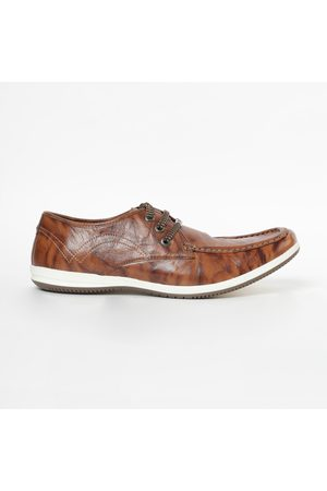 Lee Cooper Genuine Leather Textured Casual Shoes