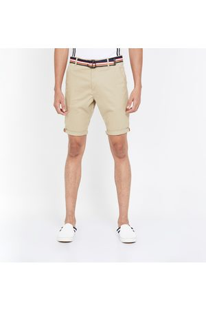 T-BASE Men Solid Regular Fit City Shorts with Belt