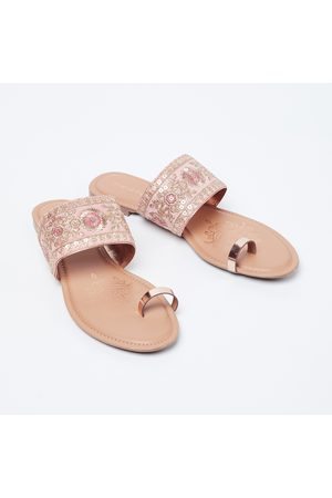 adidas Floral Embroidery Toe-Ring Flat Sandals